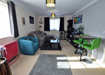 Thumbnail 2 bed flat for sale in Amber Gardens, Farnborough