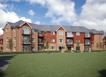 2 bed flat for sale in Tean House, Hurst Avenue, Blackwater GU17
