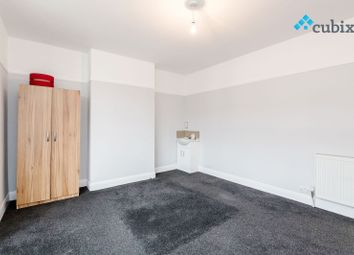 Thumbnail 4 bed terraced house to rent in Island Road, London
