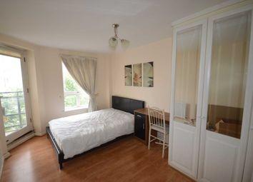 Room to rent in Stewart Street, London E14