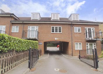 Thumbnail 1 bedroom flat to rent in Ludwick Way, Welwyn Garden City