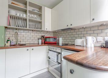 Thumbnail 2 bed flat to rent in Crampton Street, London