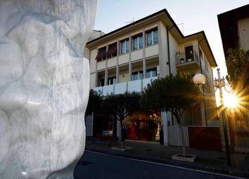 Thumbnail 3 bed apartment for sale in Forte Dei Marmi, Forte Dei Marmi, Lucca, Tuscany, Italy