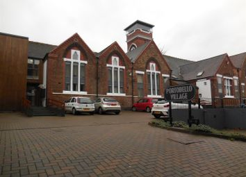 2 bed flat to rent in School Street, Willenhall WV13