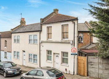 1 bed end terrace house for sale in Brewery Road, Plumstead, London SE18