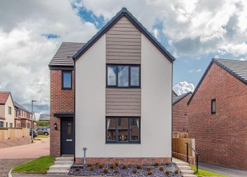 Thumbnail 3 bedroom detached house for sale in Mortimer Avenue, Old St. Mellons, Cardiff