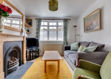 Thumbnail 2 bed cottage to rent in Crown Gardens, Brighton