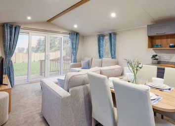 Thumbnail 2 bed property for sale in Fairway Holiday Park, Sandown