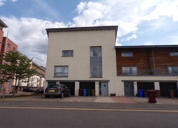 Thumbnail 4 bed property to rent in South Victoria Dock Road, Dundee