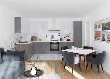 Thumbnail 2 bed flat for sale in Victoria Road, Horley, Surrey