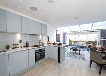 Thumbnail 2 bedroom flat for sale in Aberdour Street, London