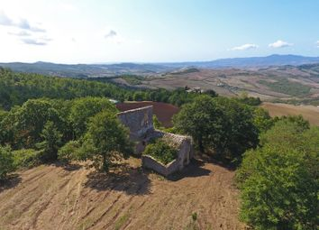 Thumbnail 4 bed farmhouse for sale in San Casciano Dei Bagni, San Casciano Dei Bagni, Siena, Tuscany, Italy