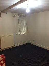 Thumbnail 1 bed flat to rent in Chardmore Street, London