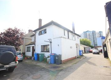Thumbnail Studio to rent in Sterte Avenue, Poole