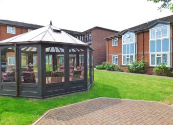 Thumbnail Flat for sale in Furzehill Road, Borehamwood