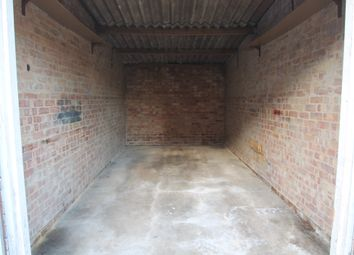 Thumbnail Parking/garage to rent in Witchards, Basildon