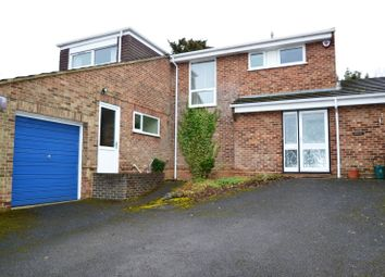 Thumbnail 4 bed detached house to rent in The Glebe, Kings Langley