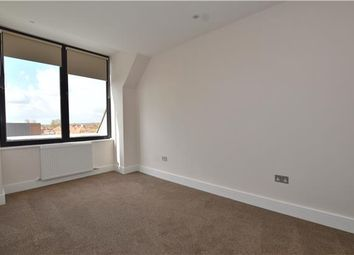 Thumbnail 2 bed flat to rent in Albert Road, Horley