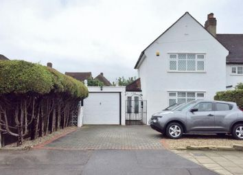 Thumbnail 3 bed property to rent in Fullers Way South, Chessington