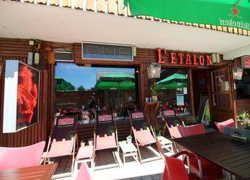 Thumbnail Pub/bar for sale in Alpe-d-Huez, Isère, France