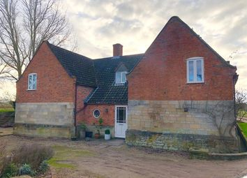 Thumbnail 5 bed property to rent in Grantham