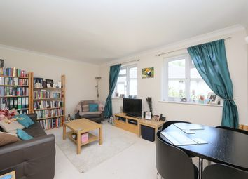 Thumbnail 2 bedroom flat to rent in Armfield Court, Crescent Lane, Clapham