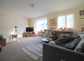 Thumbnail 1 bedroom flat to rent in New Road, Shoreham-By-Sea
