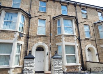 Thumbnail 2 bed flat to rent in Fairoak Avenue, Newport