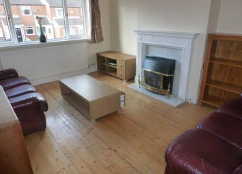 Thumbnail 3 bed flat to rent in Gillies Street, Newcastle Upon Tyne