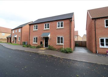 Thumbnail 4 bedroom detached house for sale in Lily Lane, Newark