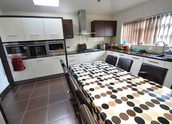 Thumbnail Room to rent in Brookfield Avenue, London