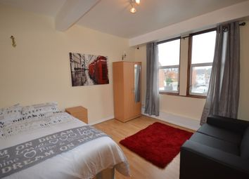 Thumbnail Room to rent in Adelaide Grove, Shepherds Bush