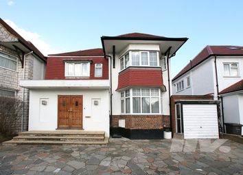 5 bed terraced house to rent in Alderton Crescent, London NW4