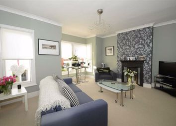 Thumbnail 1 bedroom flat to rent in Seaview Road, Leigh-On-Sea, Essex
