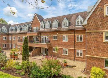2 bed flat for sale in Belvedere House, Churchfields Avenue, Weybridge, Surrey KT13