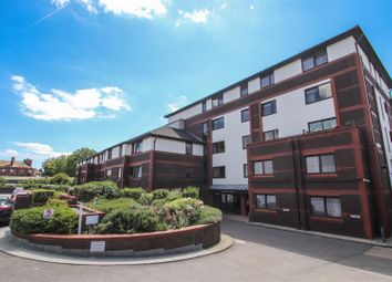 1 bed flat for sale in Sunningdale Court, Gordon Place, Southend-On-Sea SS1