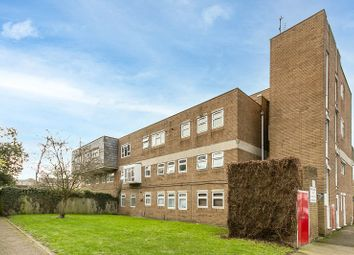 Thumbnail 2 bed flat for sale in Harcourt Road, Wallington, Surrey