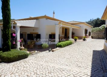 Thumbnail 4 bed villa for sale in Santa Catarina Da Fonte Do Bispo, Central Algarve, Portugal