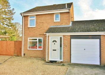 Thumbnail 3 bed link-detached house for sale in Chorefields, Kidlington
