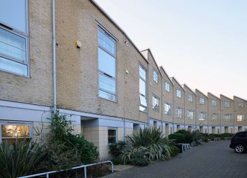 Thumbnail 3 bed property to rent in Heaven Tree Close, Islington