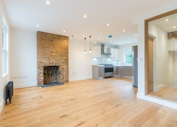 Thumbnail 3 bed flat to rent in Fenham Road, Peckham, Greater London