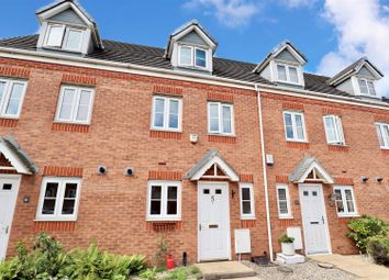 3 bed town house for sale in Richard Wattis Drive, Darlaston, Wednesbury WS10