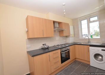 Victoria Road, Ruislip HA4. 3 bed flat