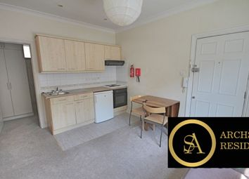 Thumbnail 2 bedroom flat to rent in Nether Street, North Finchley, London