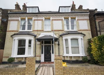 Thumbnail 1 bed flat to rent in Balham Park Road, Balham