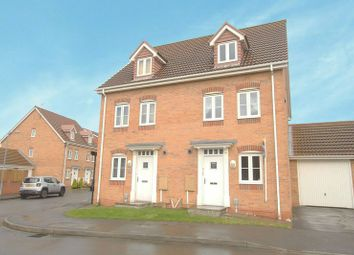 Thumbnail 4 bed semi-detached house to rent in Pasture View, Kingswood, Hull