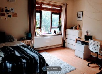 3 bed maisonette to rent in Cluse Court, London N1