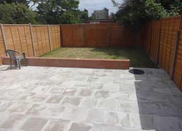 Thumbnail 3 bed flat to rent in Hendon Way, Golders Green
