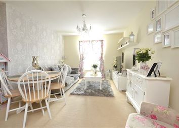Thumbnail 2 bed flat for sale in 8 Welch Way Witney, Oxfordshire