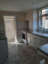 3 bed semi-detached house to rent in Brook Avenue, Dagenham, Dagenham RM10